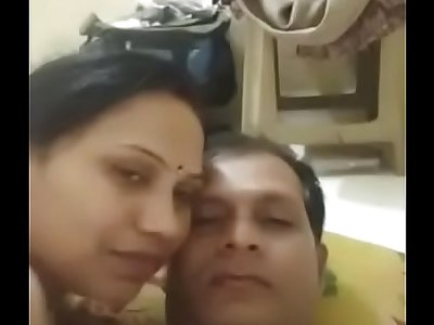 desi indian couple romance wife give a nice blowjob